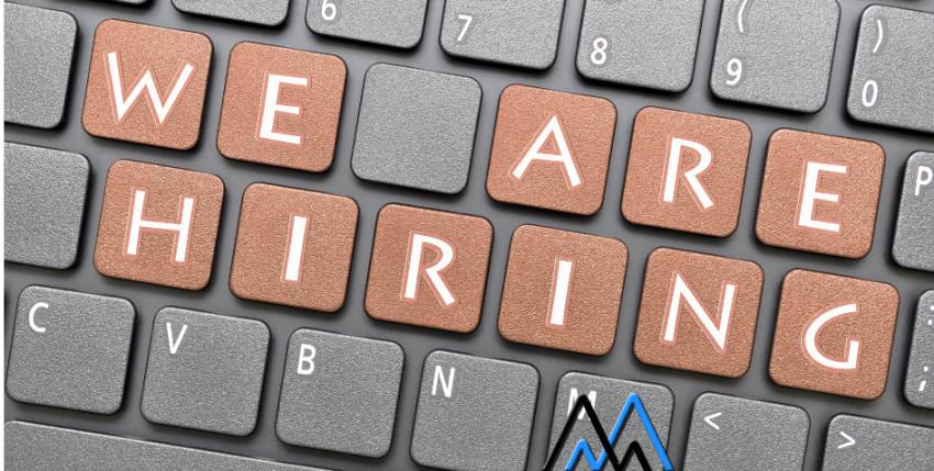 Zajímají tě PPC a webová analytika? Pak možná hledáme právě tebe!